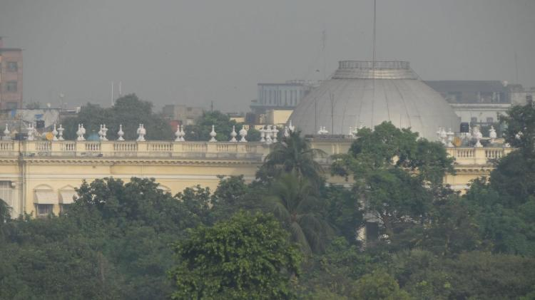 A distant view of Raj Bhavan
