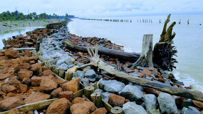Stonewalls in front of the coastline for prevention of soil erosion