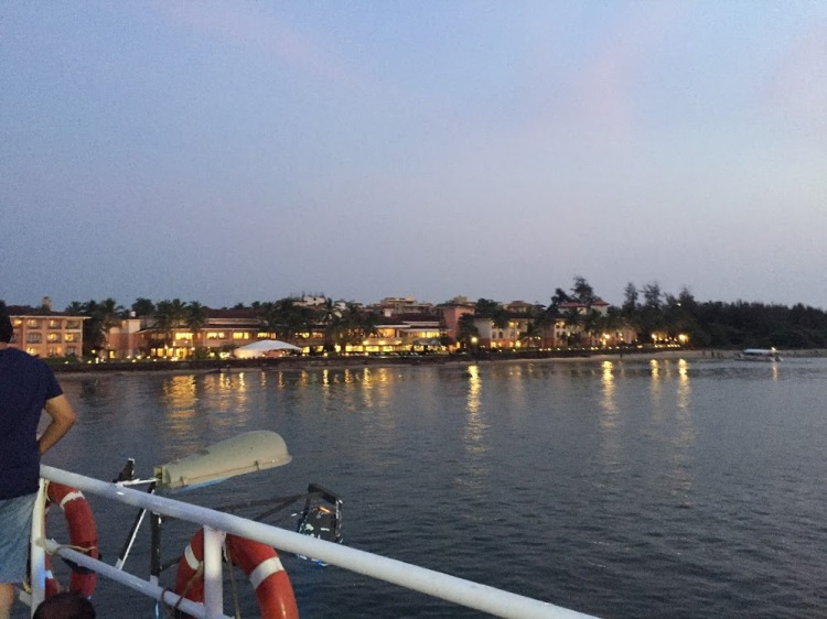 Mandovi river cruise