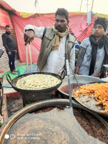 Nothing like hot jalebis in a winter morning after a dip in the river