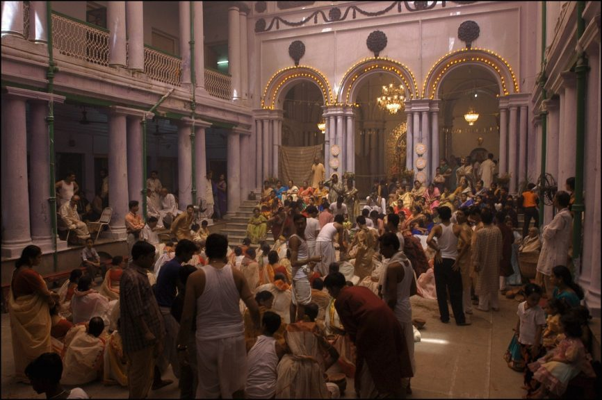 Durga Puja at the Thonthonia Dutta Bari in Kolkata